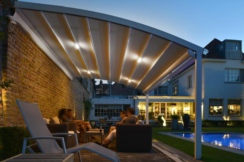 Pergola lights: a solution for every product